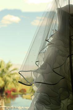 ♥ Hickam + Killeen | Real Wedding ♥ #weddingdress #outdoorwedding #outdoorceremony #golfcoursewedding #southerncaliforniawedding #californiawedding #desertwedding #palmspringswedding