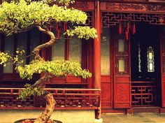 19th century Chinese architecture (Yuyuan Garden, China).
