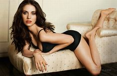She was so hot as Annie in Community.. I had no idea she could get hotter!! <3_<3