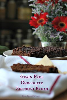 Grain Free Chocolate Zucchini Bread {with sans chocolate option}