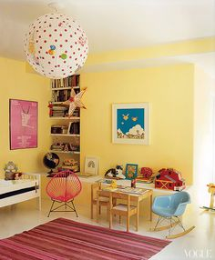 Amanda Peet's house -- her daughter's room.  Photographed by François Halard