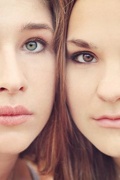 Pure beauty | Sisters/Best friends pose