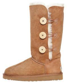 UGG BOOTS http://www.surfstitch.com/eu/en/product/ugg-bailey-button-triplet-boot-chestnut #Ugg #Boots