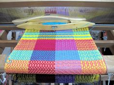 ★ Weaving Tutorials for Beginners & Kids   Loom Techniques, Lessons and Craft Projects ★ Loom Weaving, Loom Techniqu, Color, Weaving Tutorials, Weaving Looms, Craft Projects, Weaving Projects, Weaving Loom Projects, Colour Weav