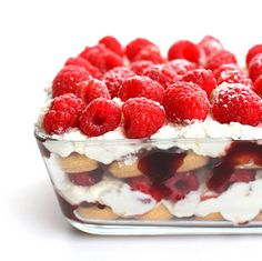 Sweetly gorgeous (coffee-free) Raspberry Tiramisu - I sense a birthday dessert in the making! :) #food #tiramisu #raspberry #dessert #fruit