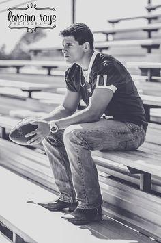 #larainarayephotography senior boy football sports