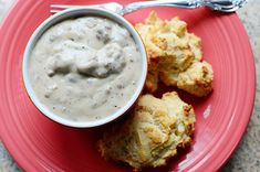 Drop Biscuits and Sausage Gravy - Pioneer Woman