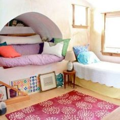 i love nooks in kids' rooms   http://blogs.babble.com/family-style/2011/05/14/10-inspired-nooks-niches-for-kids-rooms/