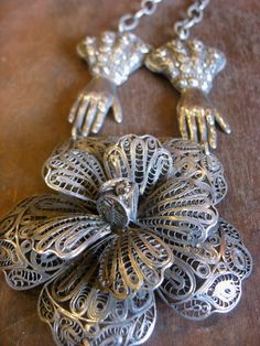 Antique Mexican Silver Filigree Flower necklace