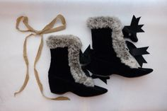 1800s Victorian John Wanamaker Black Velvet & Real Fur Carriage Boots