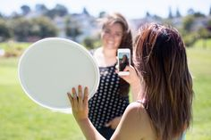 The Pocket Reflector: A Go-Anywhere Light Bounce - very cool idea