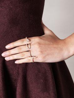 four finger ring