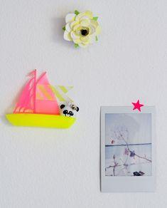 color, paper flowers, tape, sailboat, flower magnet, diy paper