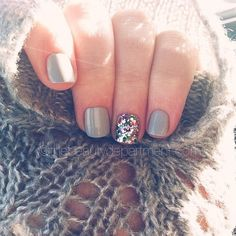Grey and Rainbow glitter nails {Gelish Cashmere Kind of Gal, OPI Rainbow Connection} color, glitter party, rainbow connection, nail arts, sparkle nails, glitter nails, winter nails, party nails, sparkly nails