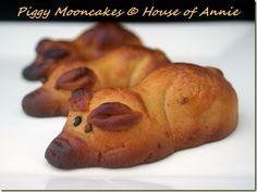 Piggy Mooncakes