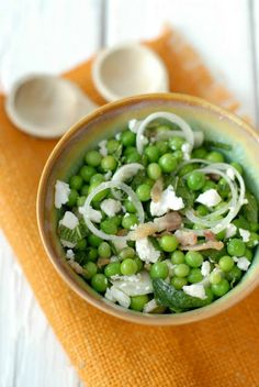 Fresh Pea and Pancetta Salad | Boulder Locavore #salad #EnglishPeas