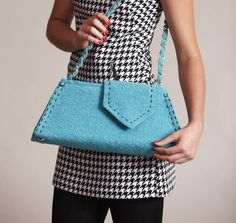 Stitch up this cute purse at Sew News! Get the FREE pattern at sewnews.com