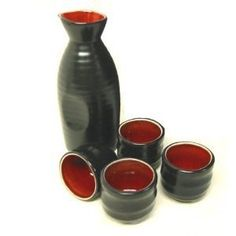Red and black sake set