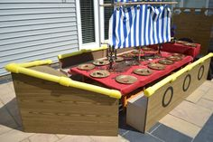 Table at a Jake and the Neverland Pirates party #jakeneverland #pirateparty