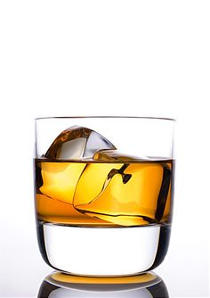 WHISKY ON THE ROCK