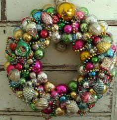 Beautiful vintage wreath christma wreath, christmas wreaths, balls, vintage christmas, ornament wreath, vintage ornaments, glass ornament, vintage life, shabby vintage