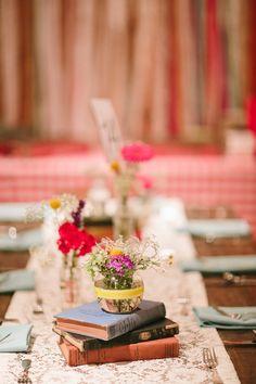 barn wedding reception, photo by Q Avenue Photo http://ruffledblog.com/travellers-rest-nashville-wedding #weddingreception #weddingideas