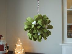 DIY Mistletoe Kissing Ball  How To