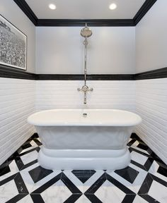 Gorgeous tub and mesmeriing tile in the bathroom! Jeff Lewis