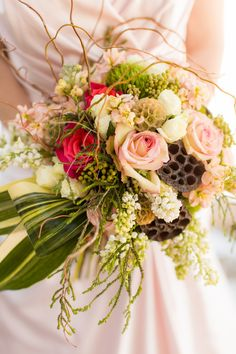 woodsy bouquet with pops of pink // photo by Emily Crall Photography