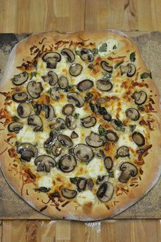 Spinach and Mushroom White Pizza