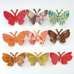 What a cute way to pretty up your note board or make into magnets for the fridge.