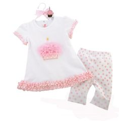Cupcake Tunic and Capri Set ~ a perfect first Birthday outfit, so cute.