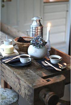 a cozy spot for morning coffee via decorate.com