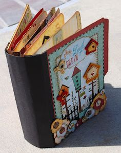 Ravens and Writing Desks: Spring Time mini album, quite elaborate - more pages on the blog