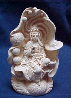 Kwan Yin with planets