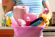 10 Steps to a Clean House No time for housework? These cleaning and organizing tips can help you get maximum results with minimal time and effort