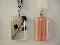 Make your own resin pendants - great how-to video!