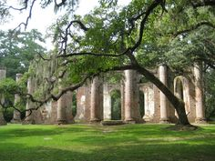 Beaufort, SC is home to the Old Sheldon Church Ruins, the remnants of a 1700s church destroyed by the Revolutionary War and taken apart after the Civil War. Church Ruin, Sheldon Church, Place, Old Churches