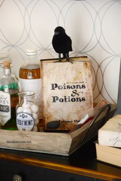 Halloween Poisons and Potion Book printable|theidearoom.net