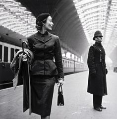 Shorpy Historic Picture Archive :: Victoria Station: 1951 high-resolution photo photograph, fashion models, london, toni frissel, victoria station, train stations, pencil skirts, tonifrissel, 1950s fashion