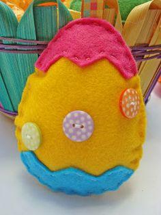 Tutorial:  Felt Easter Egg