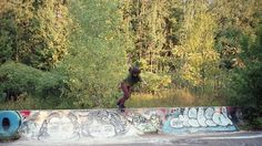 Surfaces: A Vermont Skateboarding Adventure on Vimeo skateboarding, music, mountains, green, art, vermont skateboard, skateboard adventur, ralph waldo emerson, cameras