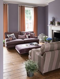 Ideas for small room on pinterest small living rooms for Functional family room ideas