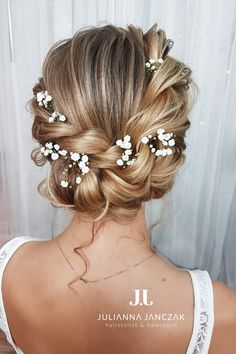 Learn how to create this bridal hairstyle :)