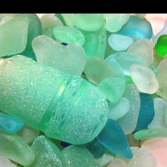 color palett, glasses, beach glass, frosted glass, colors, at the beach, beach bathrooms, sea glass, seaglass