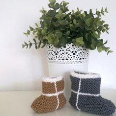 Free knitting pattern: Knockoff Baby Uggs