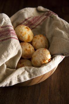 Pão de Queijo (Brazilian Cheese Breads) from @Globetrotter Diaries