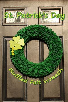 Wreath round up: Eight more St. Patrick's Day Wreaths | Crafts 'n Coffee