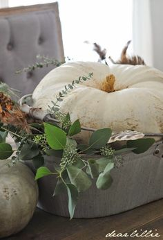 Love tufted gray bench from @HomeGoods! #sponsored #homegoodshappy #happybydesign