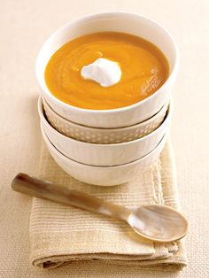 Thanksgiving Sides: Roasted Squash Soup #thanksgiving #sides #holidays